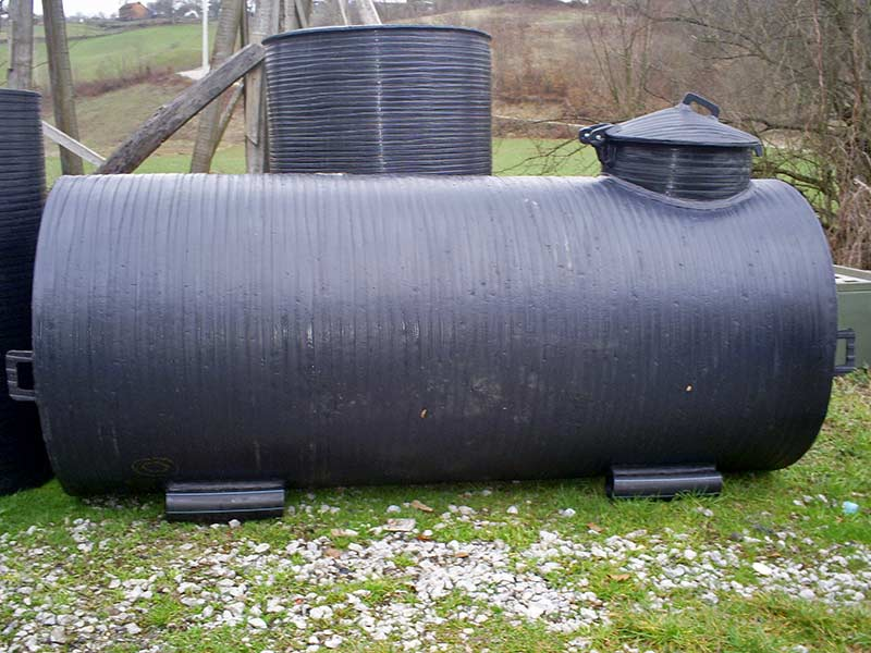 Cisterne za vodu – horizontalni plastični rezervoari
